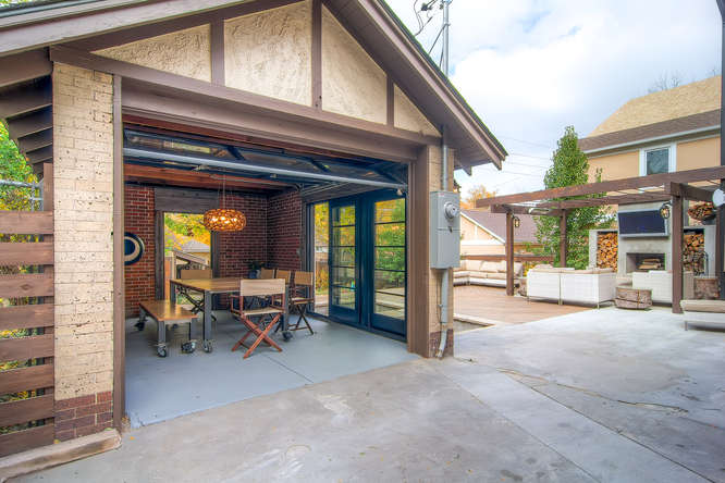 1145 S Vine Street Denver CO-small-020-Garage-666x444-72dpi